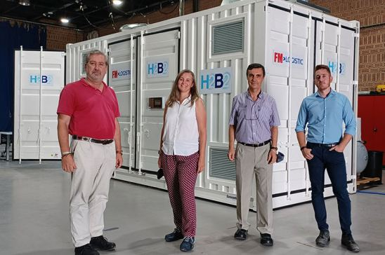 Responsables de la hidrogenera de FM Logistics en Plataforma Central Iberum