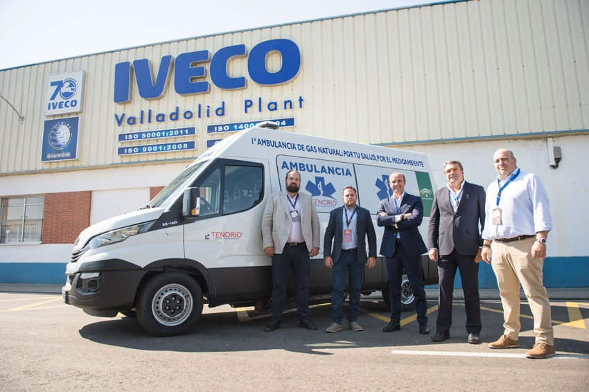 Transportes Tenorio adquiere con Iveco la primera ambulancia a gas natural de Europa