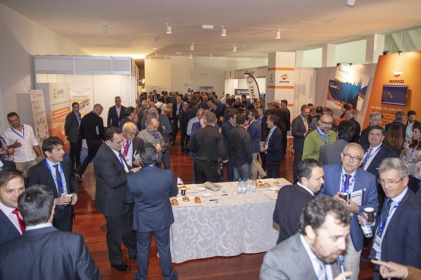 Algo más que ponencias: una oferta global de expositores en el Congreso de la CETM
