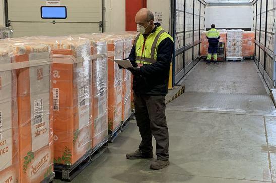 Trabajo en almacén de logistica con Covid-19