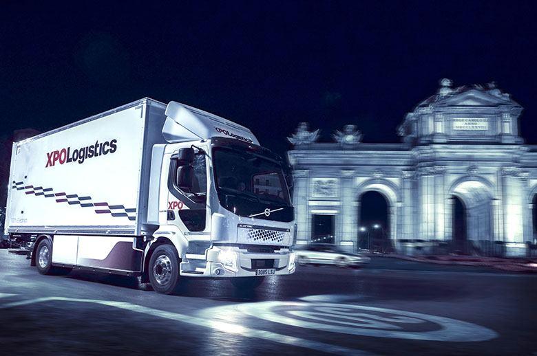 Empieza a circular en España el primer camión eléctrico de Volvo Trucks