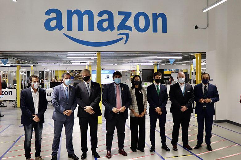 Amazon abre su nuevo centro logístico robotizado en Murcia