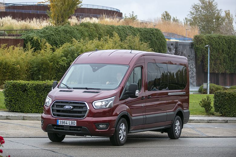 Contacto Ford Transit Kombi Trend L3 EcoBlue Hybrid