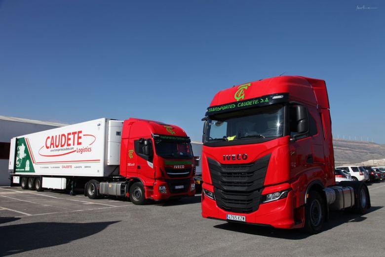 Transportes Caudete adquiere 30 camiones Iveco Stralis NP 460