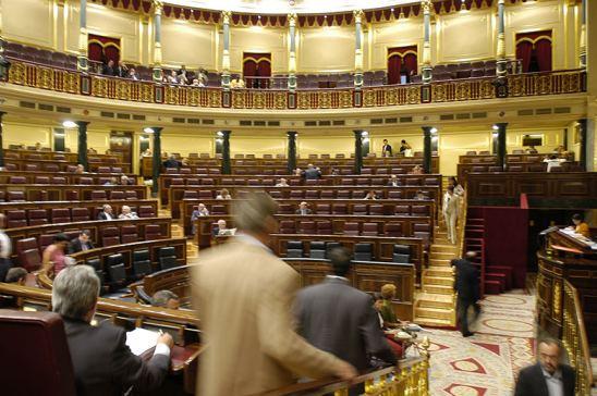 El Parlamento español aprueba la Ley contra la Morosidad en el transporte
