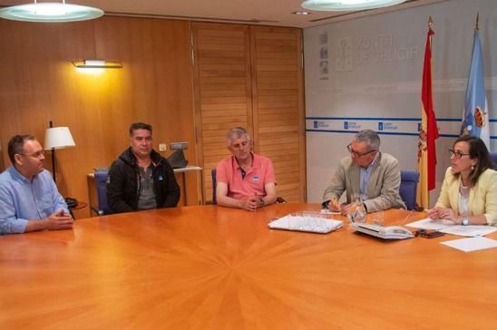 La Xunta de Galicia se reúne con el transporte de carbón gallego, en busca de una solución