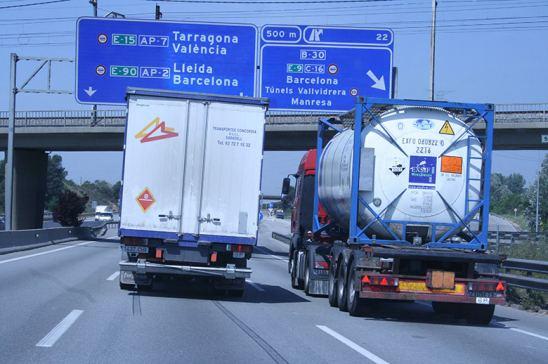 El transporte por carretera ¿víctima de la situación política del país?
