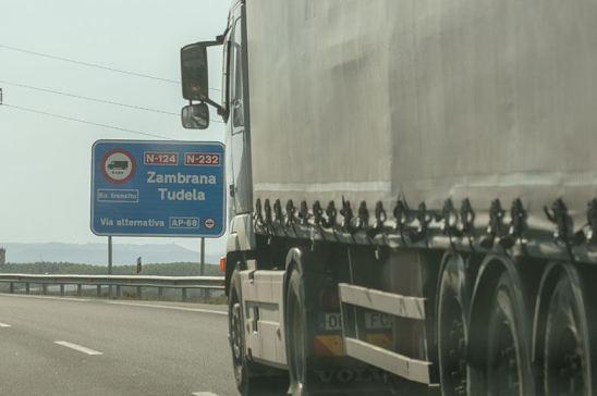 El Gobierno prorroga las ayudas a transportistas por el peaje obligatorio de la AP-68 en La Rioja