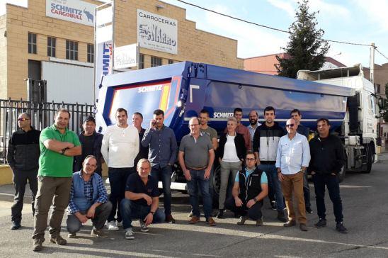 Schmitz Cargobull forma a su personal de postventa