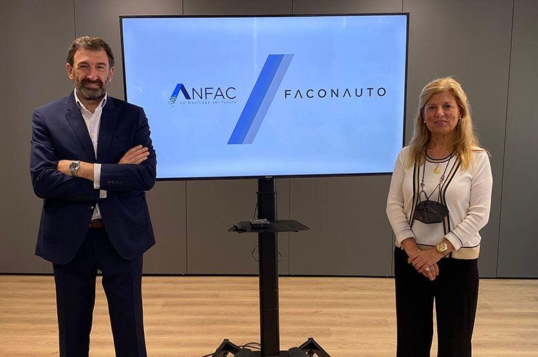 Anfac y Faconauto diseñan un mapa de puntos de recarga para vehículos eléctricos