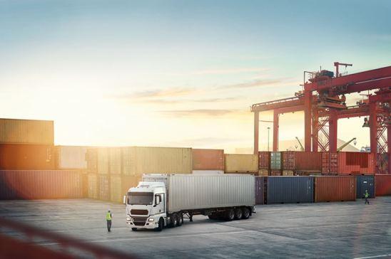 CETM se une a la IRU para reclamar un acuerdo de Brexit que proteja el transporte de mercancías por carretera