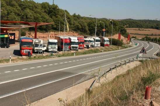 Fegatramer reclama más plazas de aparcamiento para los camiones en Galicia