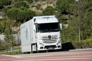 Mercedes-Benz Actros 1846 LS StreamSpace