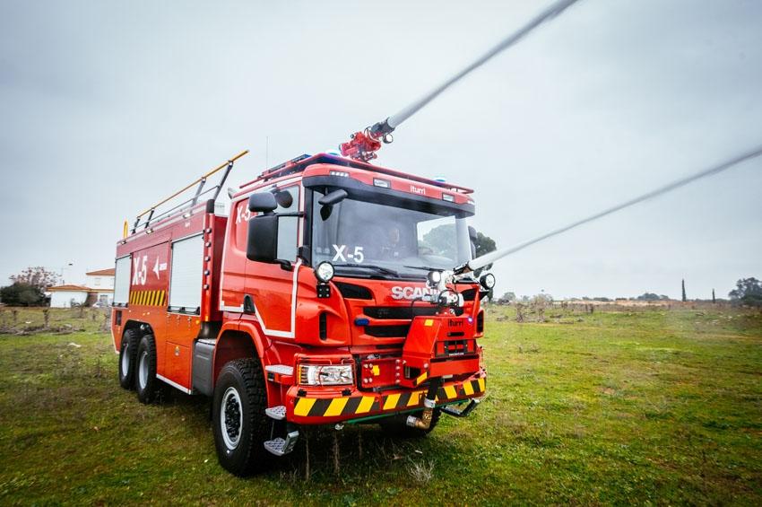 AENA suma a su flota 14 camiones Scania