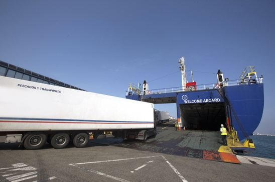 CETM Frigoríficos denuncia los retrasos que sufren los camiones en el puerto de Algeciras