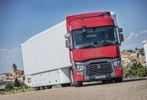 Renault Trucks T 440 Sleeper Cab