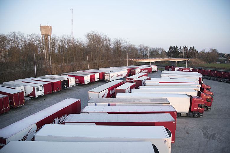 """La CETM califica de """"absurda"""" la nueva restricción de la DGT a camiones"""