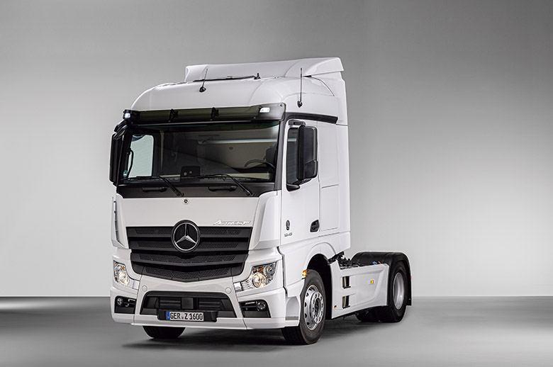 Nuevas versiones del Actros y Arocs de Mercedes