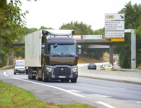 Qué documentos hay que llevar a bordo del camión para hacer transporte en Francia