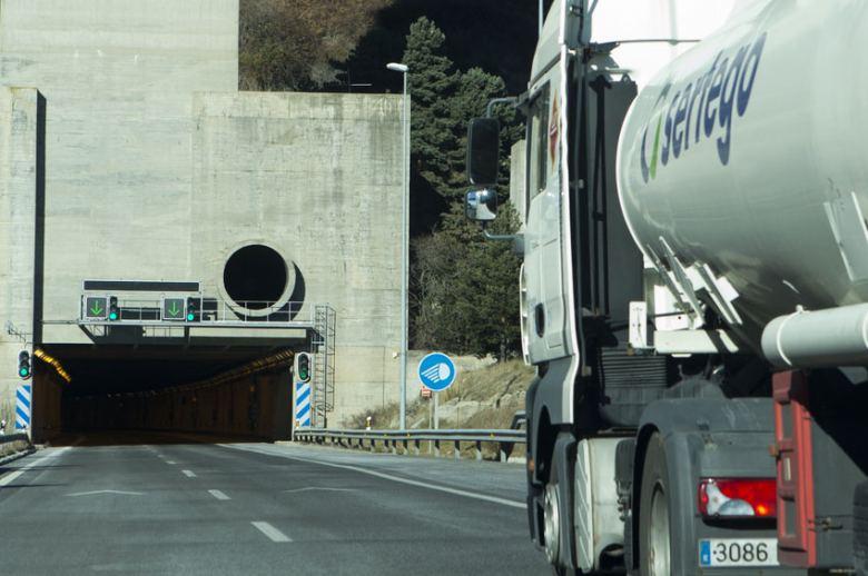 Las obras en el túnel de San Lorenzo (Guipúzcoa) afectarán al transporte de mercancías peligrosas