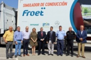 Froet Murcia presenta un simulador de conducción para la formación de los futuros transportistas