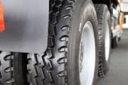 Europa ajusta los aranceles para los neumáticos de camión importados de China