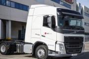Volvo entrega 10 camiones GNL a SEUR