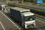 La huelga general en Cataluña del viernes 18, una amenaza para el transporte de mercancías por carretera