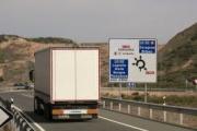 Renovado el convenio para la bonificación de peajes al transporte en la AP-68