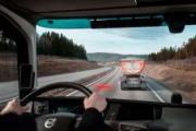 Volvo Trucks ayuda a que los conductores mantengan la distancia