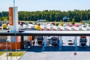OnTurtle aterriza en Holanda con cinco nuevas 'gasineras' de GNL