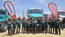 El equipo PETRONAS De Rooy Iveco termina el Dakar entre los 10 primeros