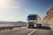 Renault Trucks presenta las nuevas versiones de su gama de larga distancia