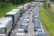 El transporte por carretera denuncia los cortes de carretera en Cataluña ante la Fiscalía