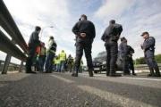 Fomento anula los tiempos de conducción y descanso durante los bloqueos en Cataluña y Guipúzcoa