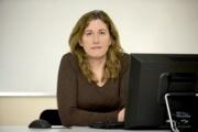 """Raquel Arias: """"trabajar mucho contamina"""""""