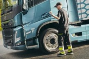 [Actualizado] Dos mascarillas por camión: así son las instrucciones del Gobierno para los transportistas