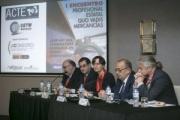 El transporte multimodal analiza el fracaso del ferrocarril de mercancías en España