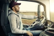 Francia establece nuevos decretos para el transporte por carretera