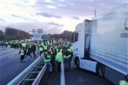 Francia vuelve a vivir movilizaciones en las carreteras por los chalecos amarillos