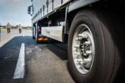 Duravis R002, el nuevo neumático de camión de Bridgestone