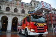 Los bomberos de Valladolid renueva su flota con un camión Scania