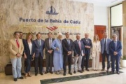 El Gobierno andaluz trabaja en un plan logístico y comercial para sus puertos