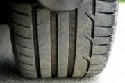 Cómo mantener los neumáticos seguros en época de lluvias